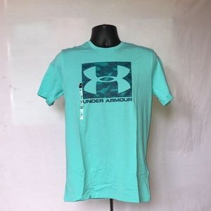Teal Under Armour Shirt. Never worn, with tags.